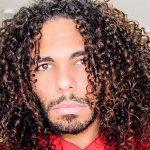 puntas de cabello rizado